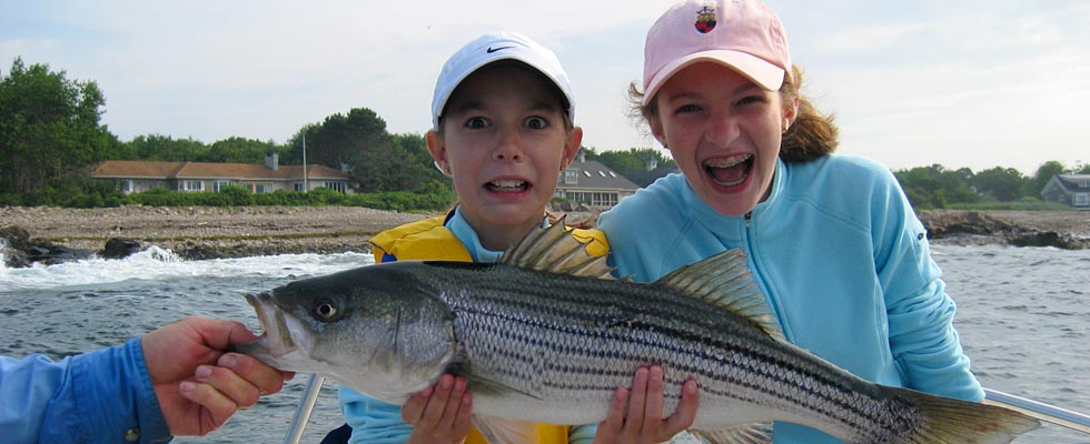 2-girls-and-a-fish